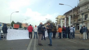 protesta-Carlo-III