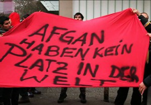 afghan-refugee-protest-berlin-17-nov-15-tolo